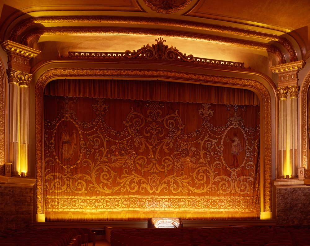 Grand Lake Theater Main Auditorium Procscenium